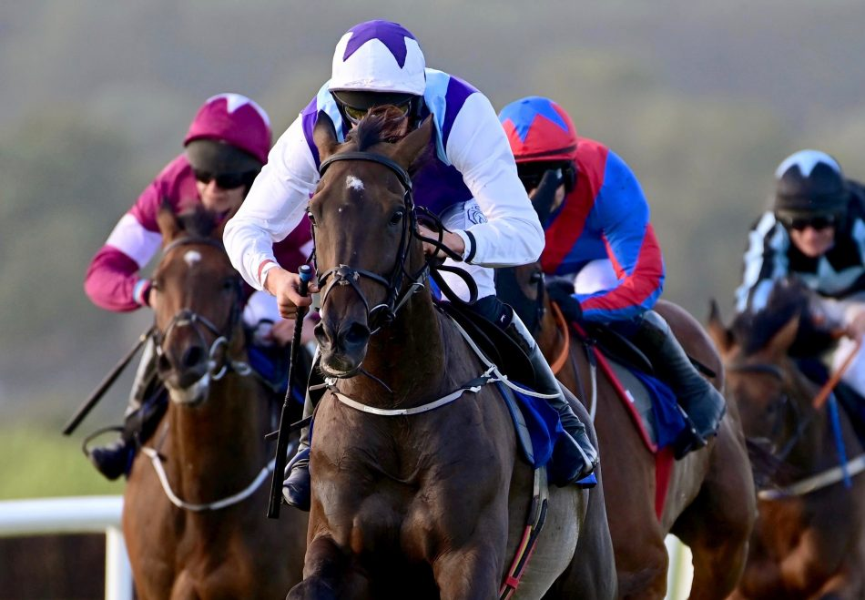 Ten Sovereigns winning the Gr.1 July Cup at Newmarket