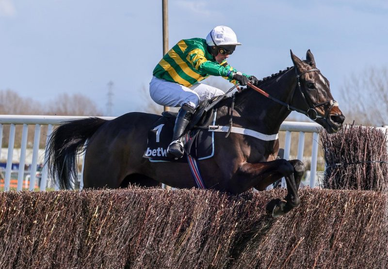 Chantry House Wins The Grade 1 Mildmay Novices Chase At Aintree 1