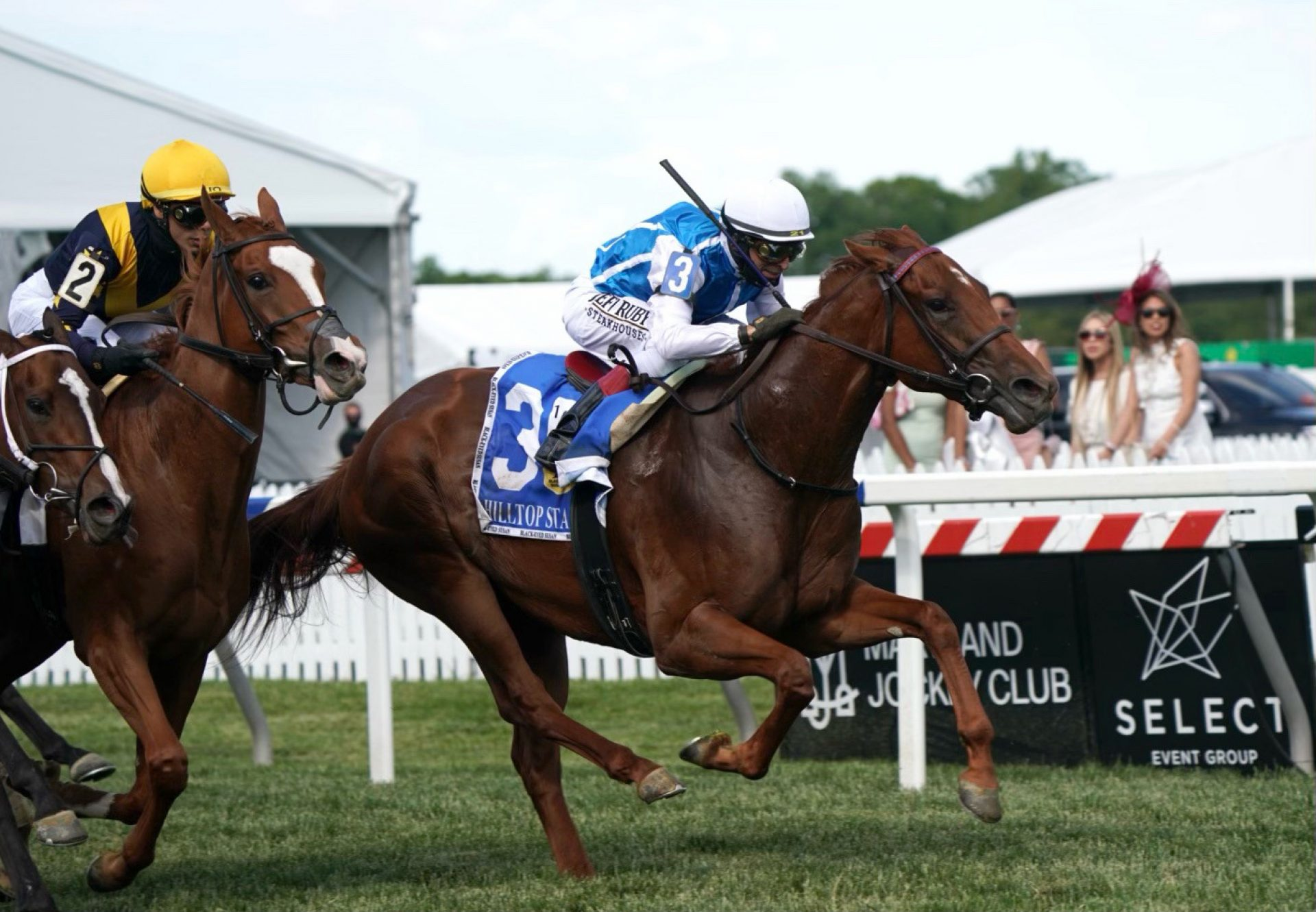 Alda (Munnings) winning the Listed Hilltop Stakes at Pimlico