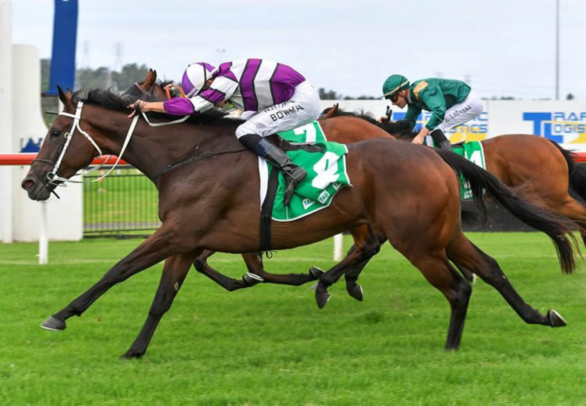 Canadian Spice (Vancouver) winning at Kembla