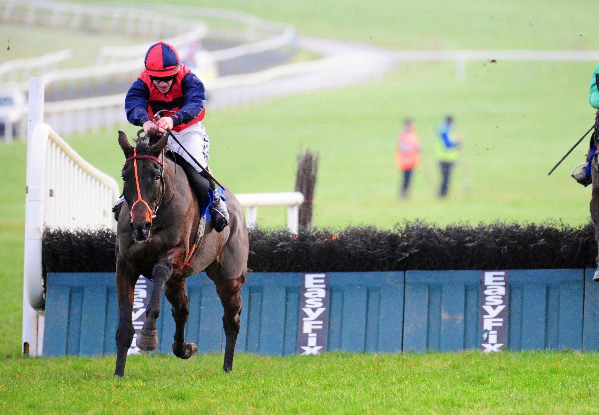 Carrolls Cottage (Mahler) Wins The Maiden Hurdle At Limerick