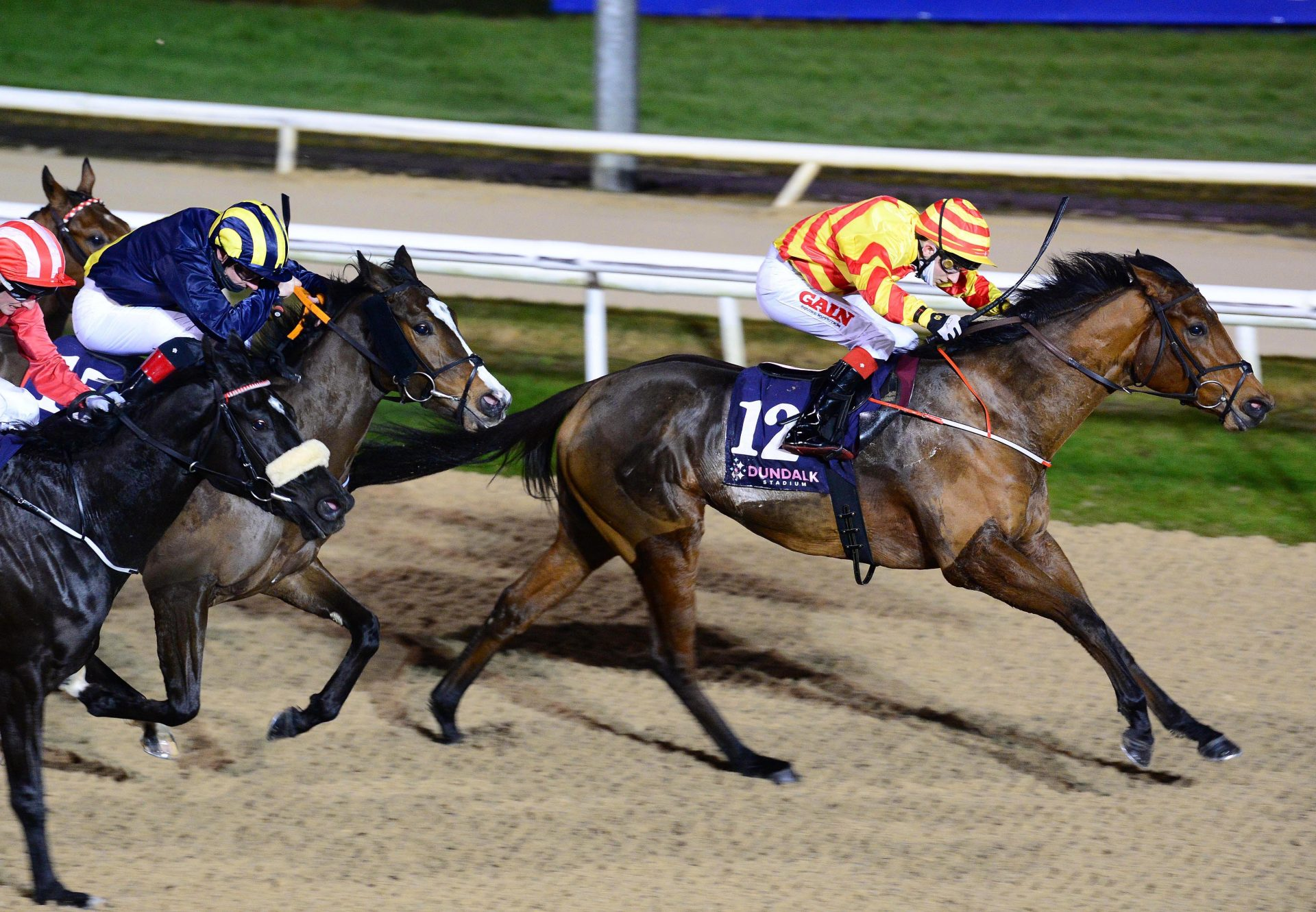 Flying Rock (Air Force Blue) Breaks Maiden At Dundalk