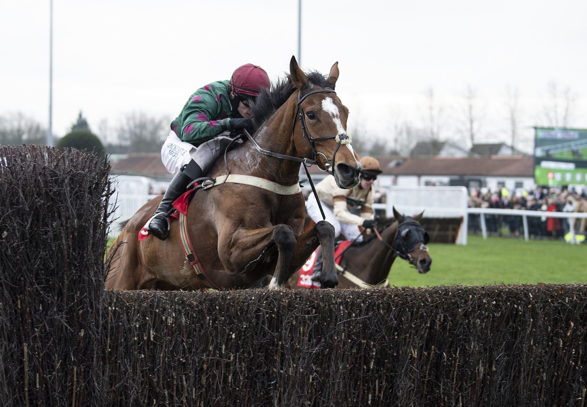 Glen Forsa (Mahler) Remains Perfect Over Fences
