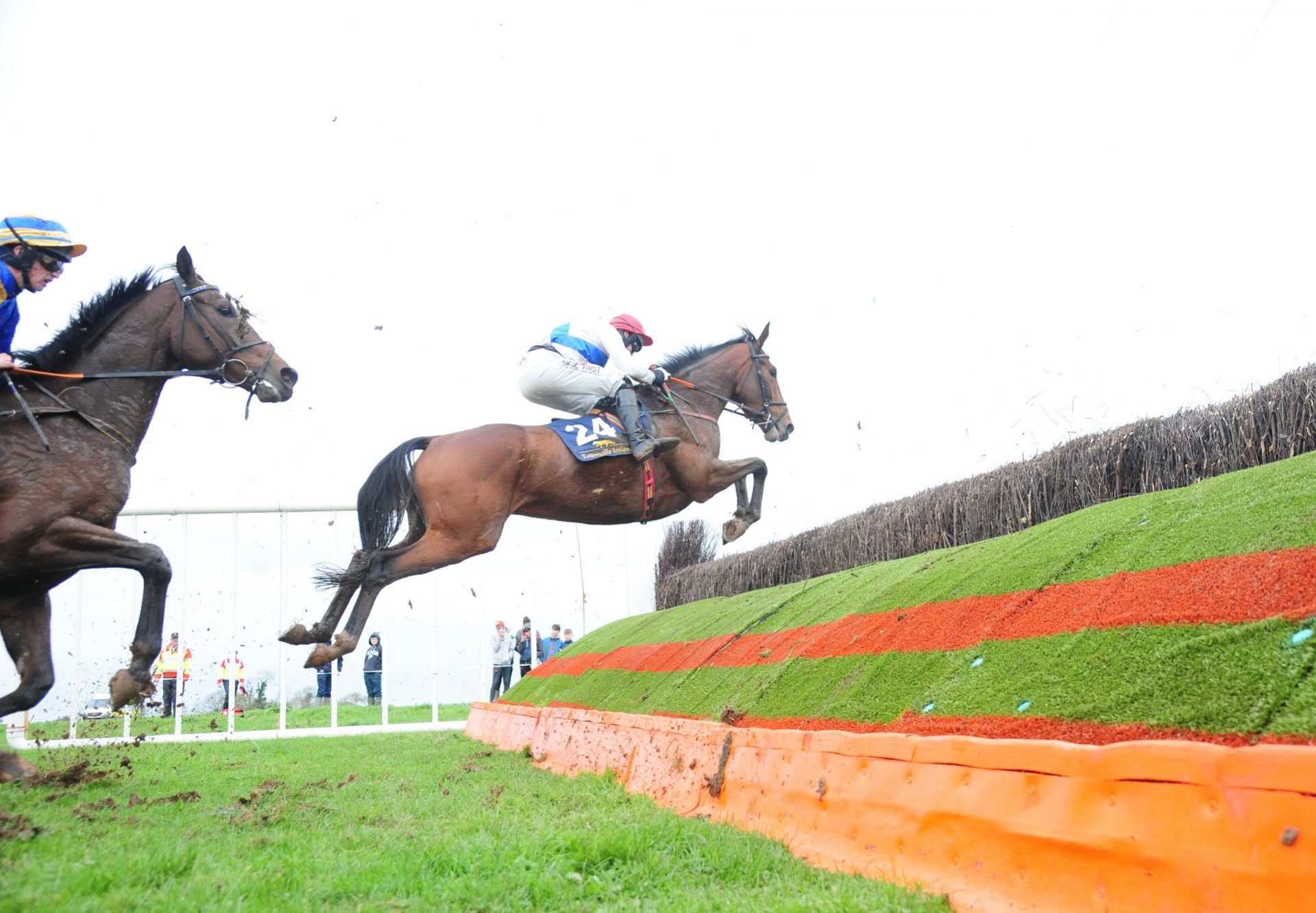 I Cant Explain (Getaway) winning a 4YO Maiden P2P at Rathcannon