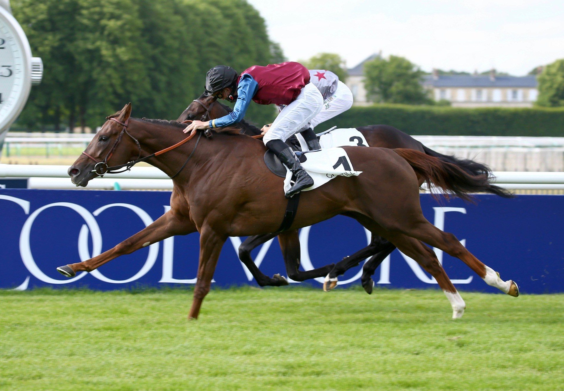Maid Up (Mastercraftsman) winning the G3 March Stakes at Goodwood