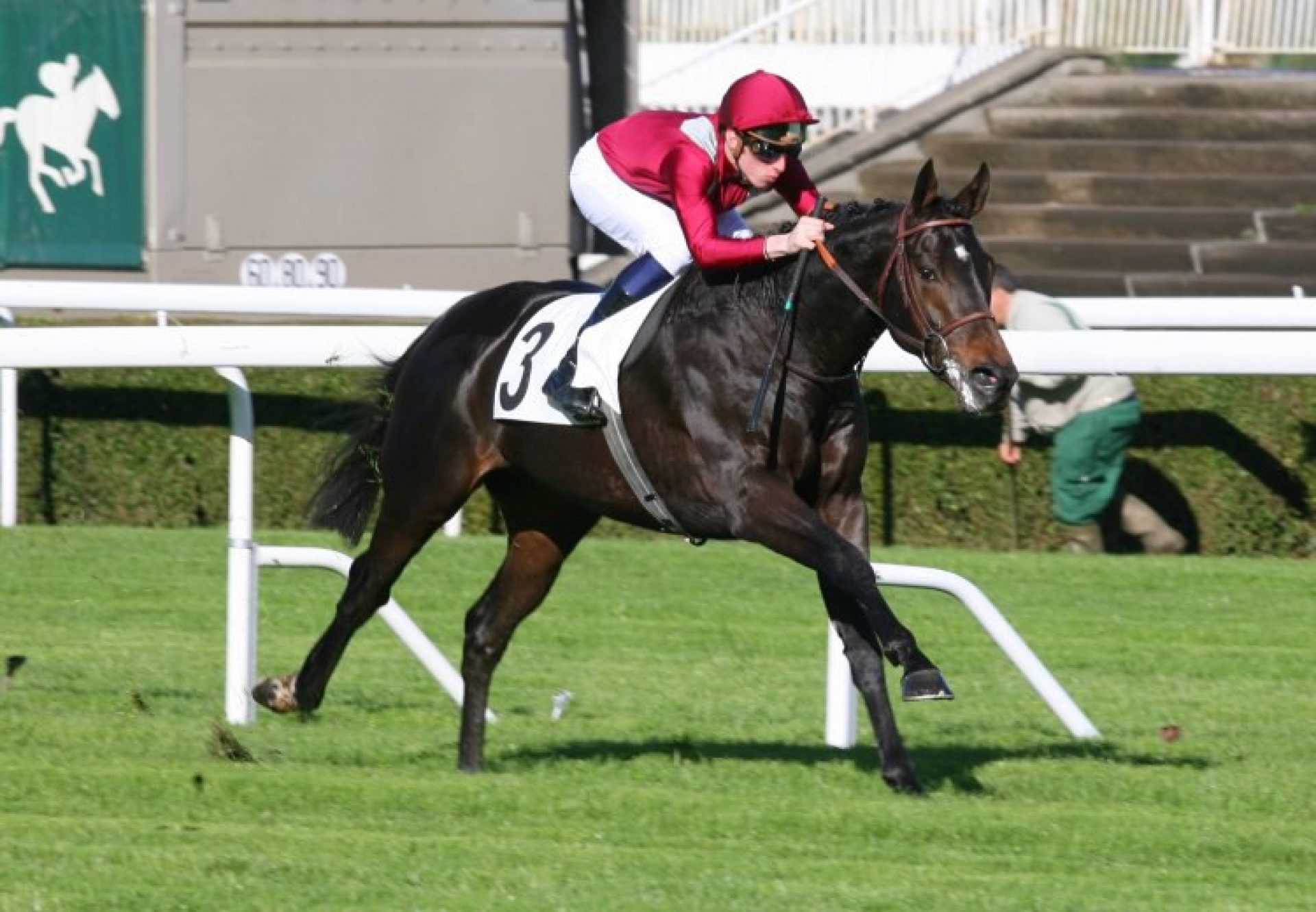 Ocovango winning the Prix Greffulhe at Saint-Cloud