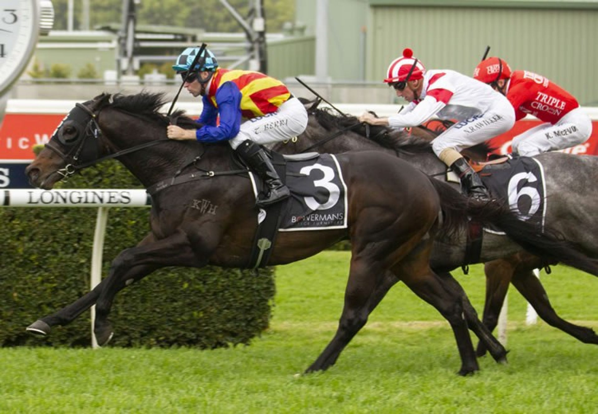 Pierata (Pierro) winning the Gr.2 Shorts H'cap at Randwick