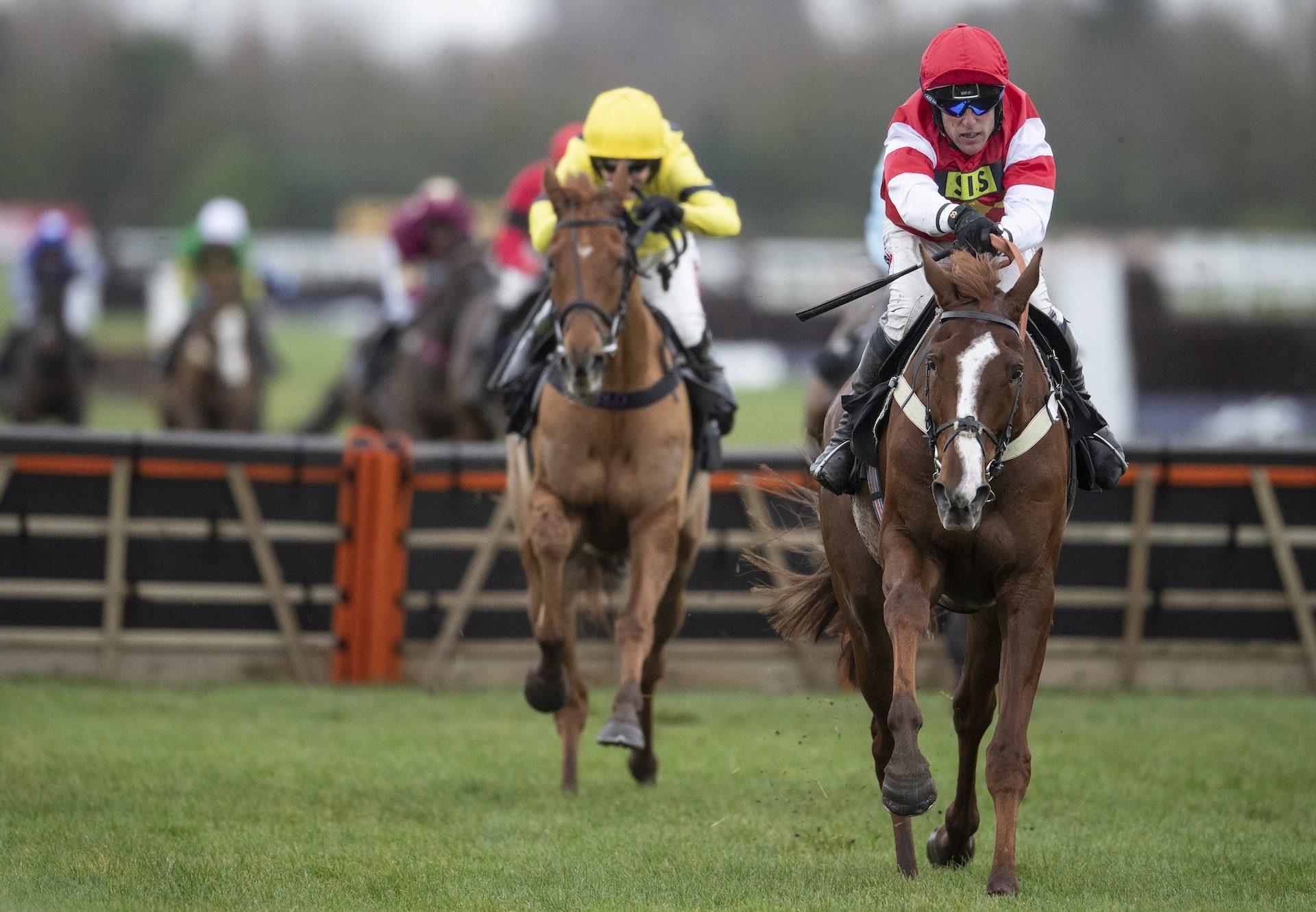The Big Breakaway (Getaway) Brings His Unbeaten Run To Three at Newbury