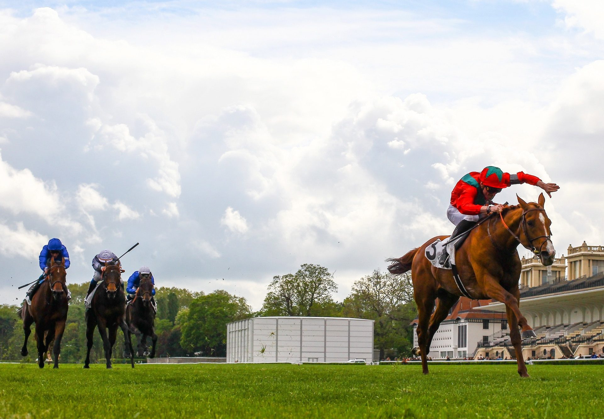 Light Up (Zoffany) winning the Listed Coral Distaff at Sandown