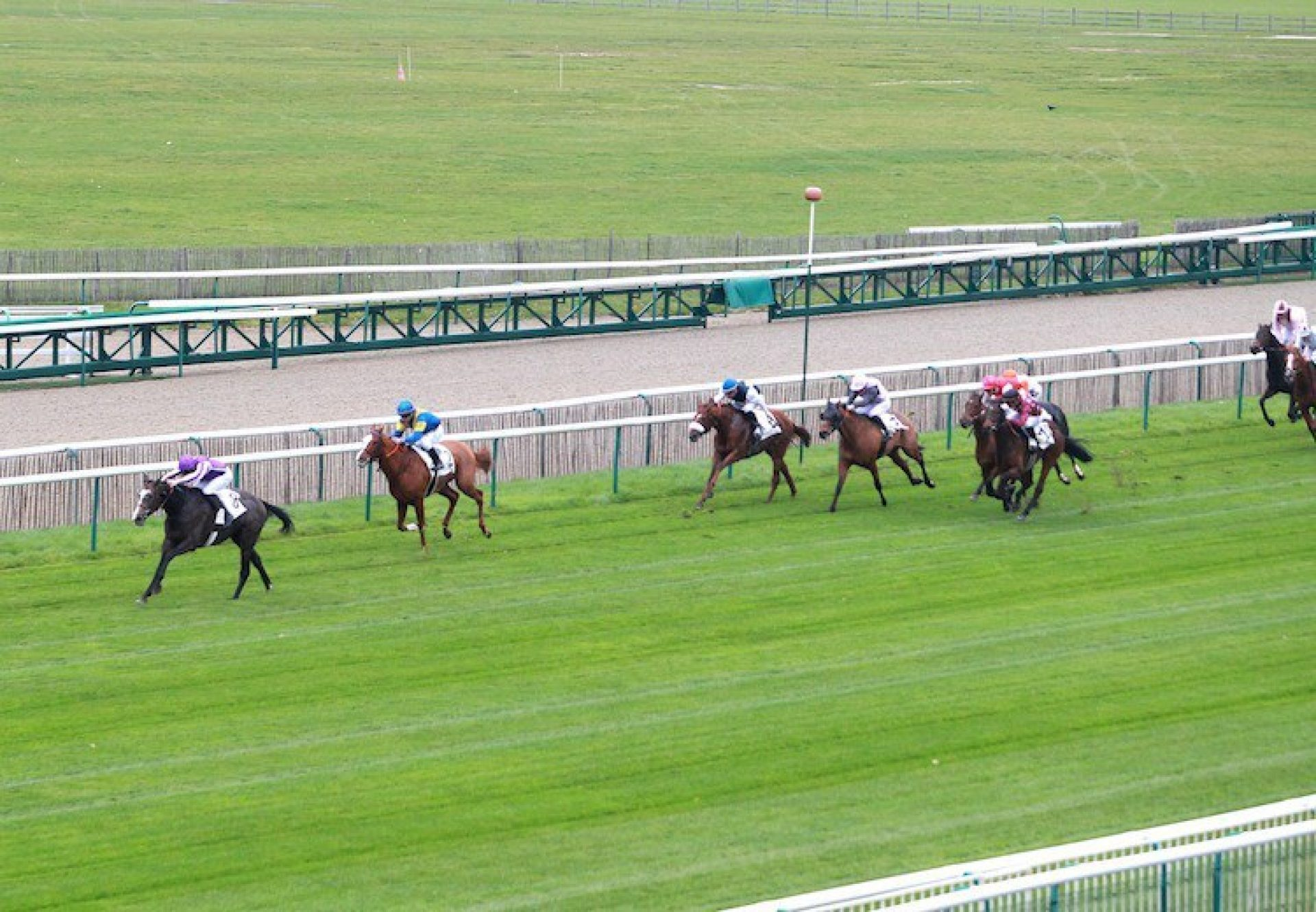 Wind Chimes (Mastercraftsman) winning the Prix (L) at Chantilly