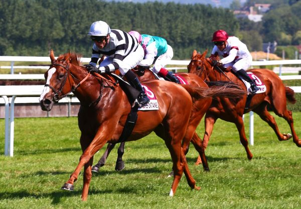Blame The Ruler (Ruler Of The World) winning at Clairefontaine