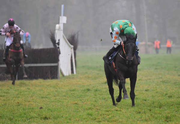 Classic Getaway (Getaway) winning at Borris House
