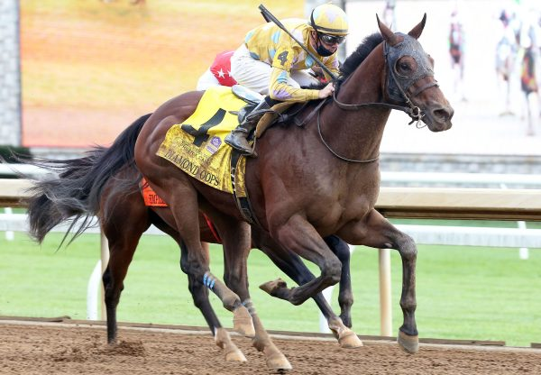 Diamond Oops (Lookin At Lucky) Wins Gr.2 Stoll Keenon Ogden Phoenix S. at Keeneland