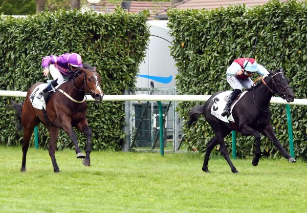 Dizzy Bizu (Caravaggio) Wins Chantilly Maiden