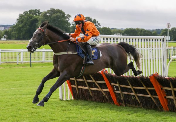 Getaround (Getaway) Makes It Two From Two Over Hurdles at Perth