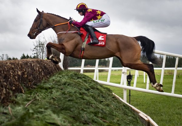 Monalee (Milan) On His Way To Winning The Grade 2 Red Mills Chase