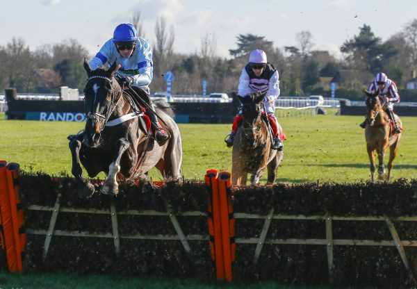 Precious Cargo (Yeats) Makes A Winning Start To His Hurdle Career At Kempton