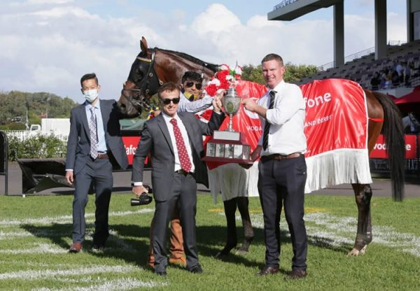 Rocket Spade (Fastnet Rock) with connections after winning the Gr.1 New Zealand Derby