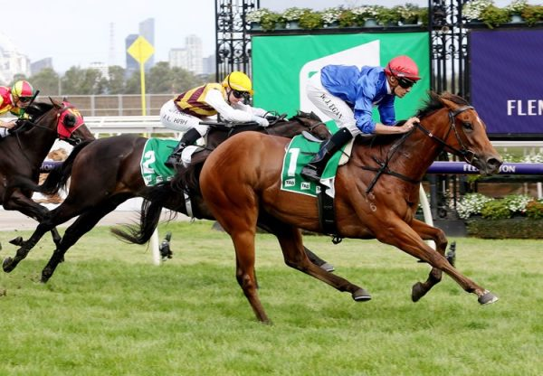 Rubisaki (Rubick) winning the Gr.2 Kewney Stakes at Flemington
