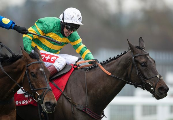Sporting John (Getaway) Wins The Grade 1 Scilly Isles Novices Chase at Sandown
