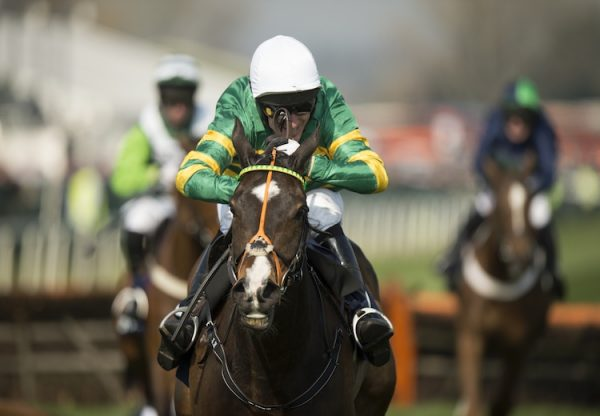 Jezki (Milan) winning the G1 Aintree Hurdle at Aintree