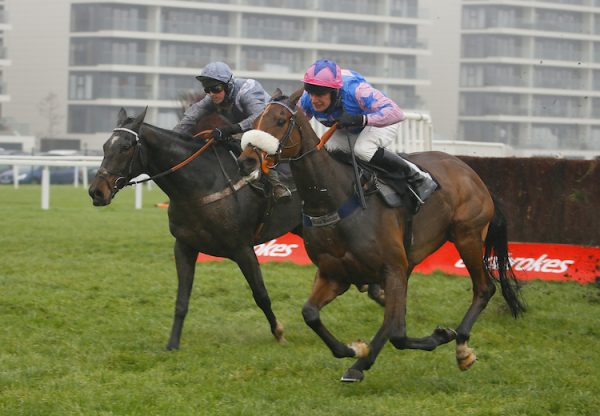 Santini (Milan) winning the Gr.2 John Francome Novice Chase at Newbury