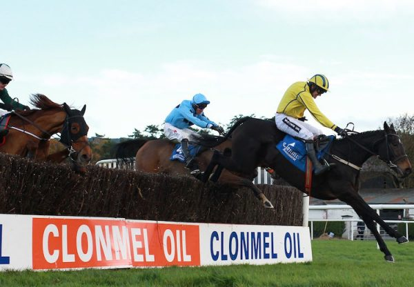 Merlin Magic (Camelot) winning the Esher Cup at Sandown
