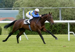 Getaway winning the Prix Barneveldt